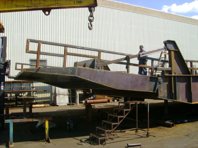 Upper Ramp Apron Assembly
